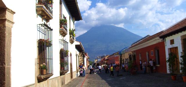 top 5 plekken Guatemala Antigua, historisch erfgoed omringd door vulkanen