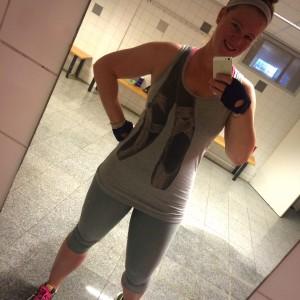 Fit is het nieuwe slank gymselfie 5