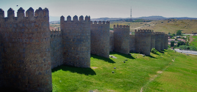 Salamanca omgeving Avila stadsmuur