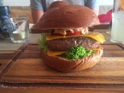 De cheeseburger van de Burgerclub!